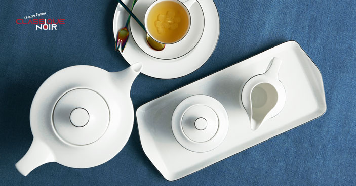 The porcelain tableware Champs Elysées with decor Classic Noir